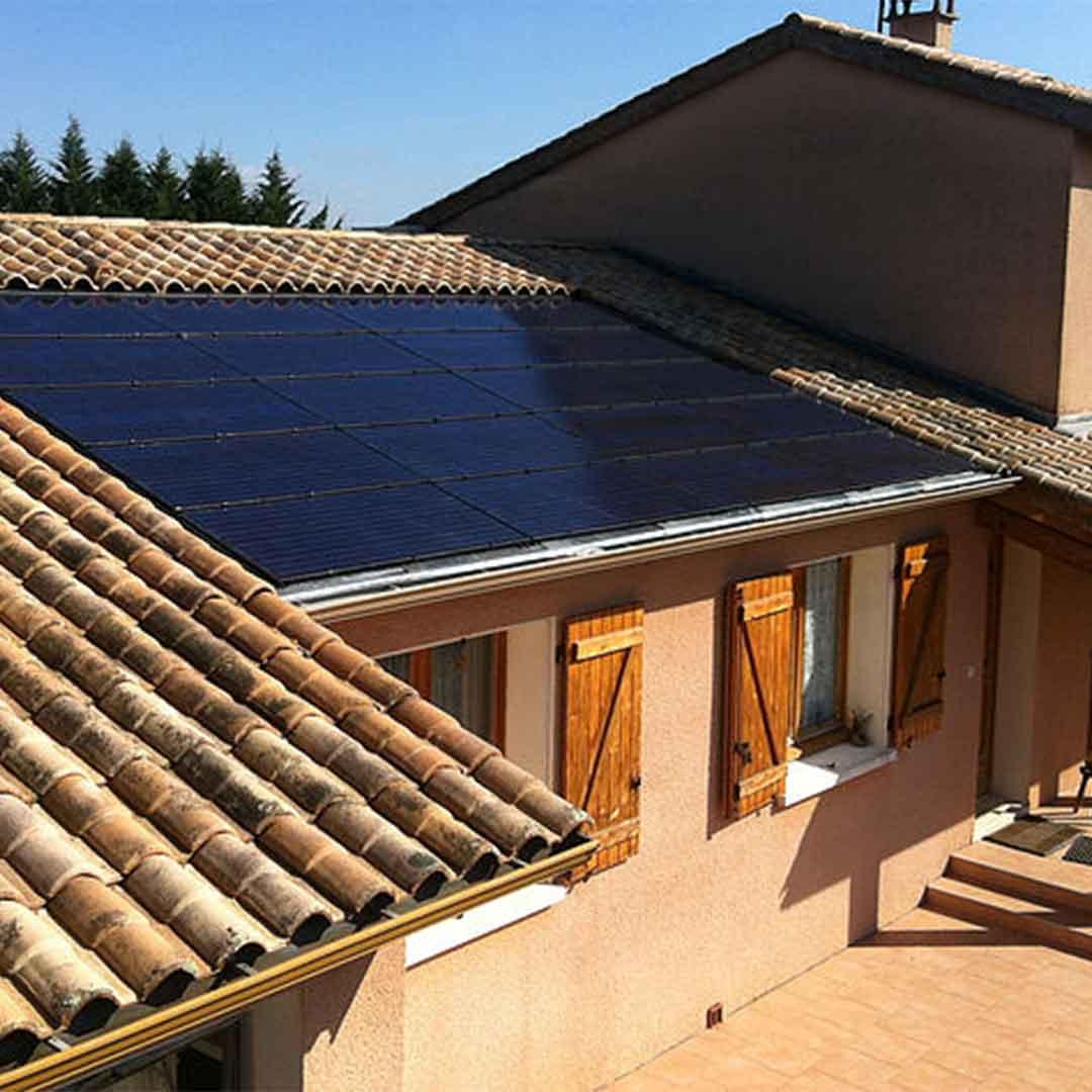 Une pose de panneaux photovoltaique chez une particulier