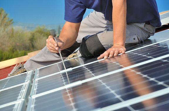 MAISOLIA, une équipe de spécialistes panneaux solaires