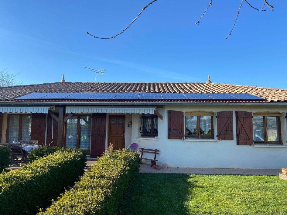 Panneaux photovoltaïque sur toiture par MAISOLIA à Agen